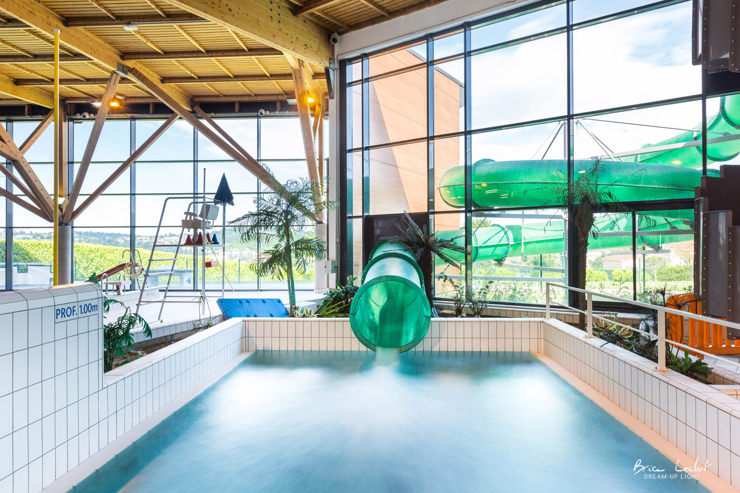 piscine-genilac-dreamuplight-photographe-immobilier-brice-leclert