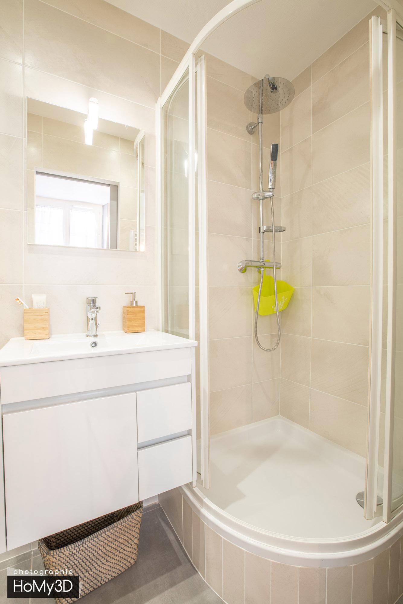 appartement-st-etienne-cabine-de-douche