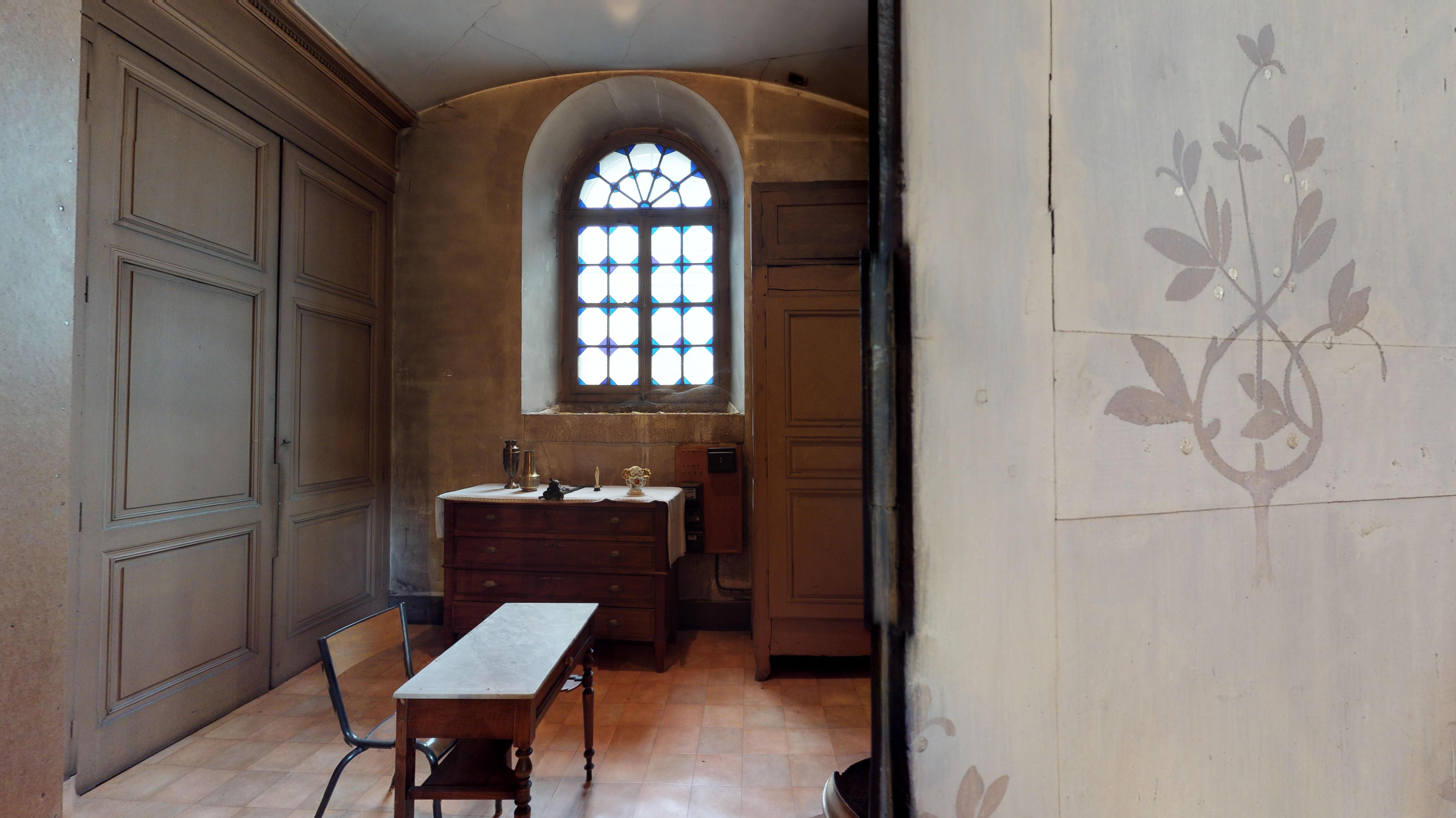 Rive-de-Gier-Eglise-Notre-Dame-2018-Bureau-b