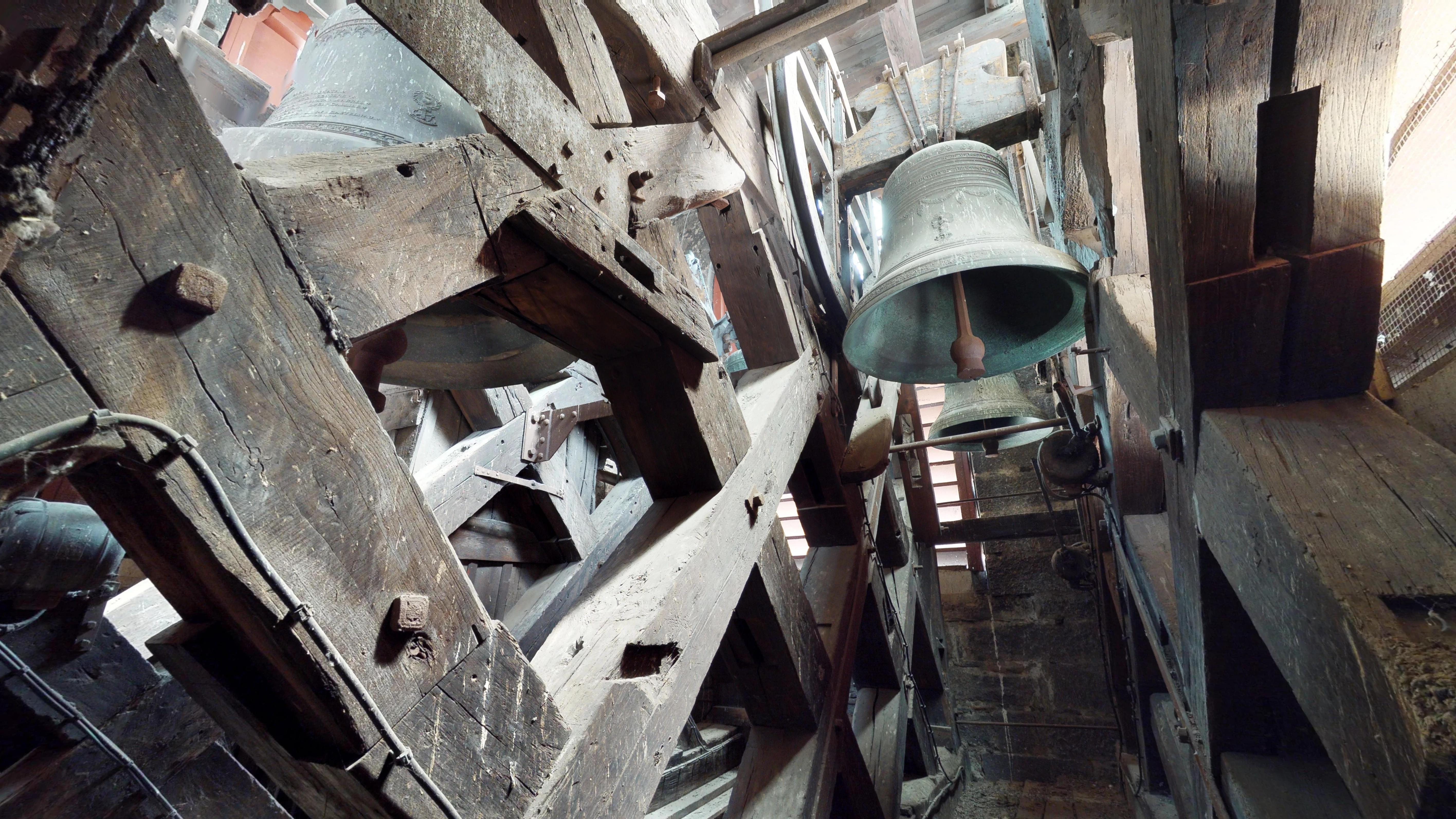 Rive-de-Gier-Eglise-Notre-Dame-2018-Les-cloches